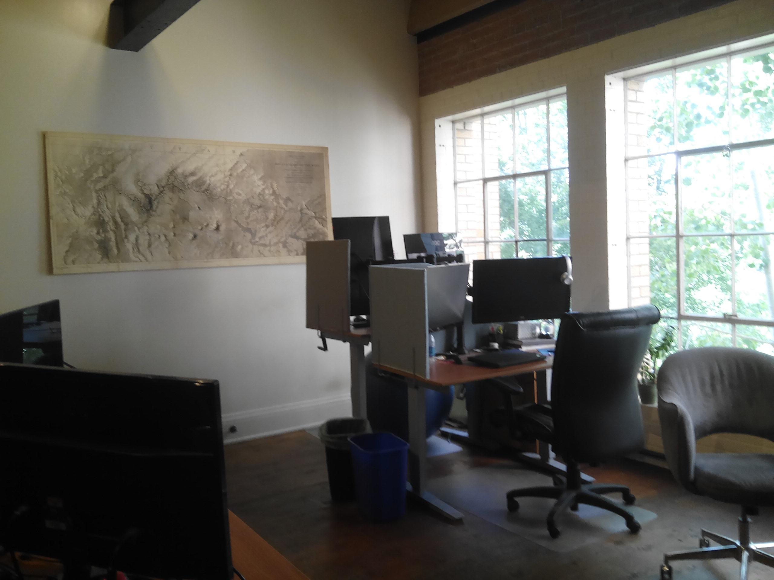 un exemple de bureau ici la plus grosse compagnie panneaux solaires de louest amricain. Black Bedroom Furniture Sets. Home Design Ideas